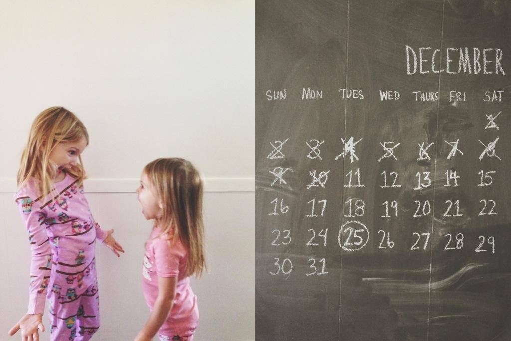 christmas pjs | chalkboard wall